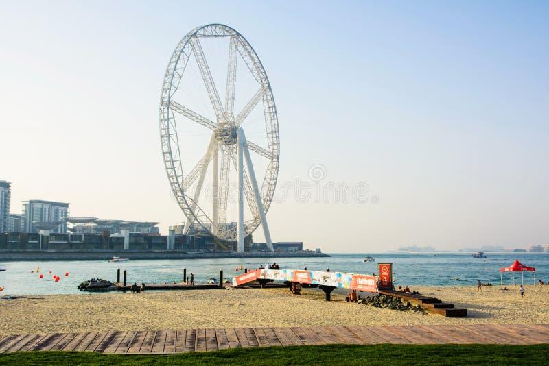 Il Dubai, Emirati Arabi Uniti - 8 marzo 2018: JBR, spiaggia di Jumeira fotografia stock libera da diritti