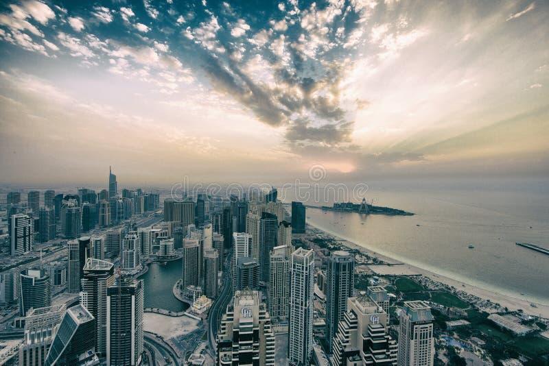Il Dubai Marina Winter Sunset immagine stock