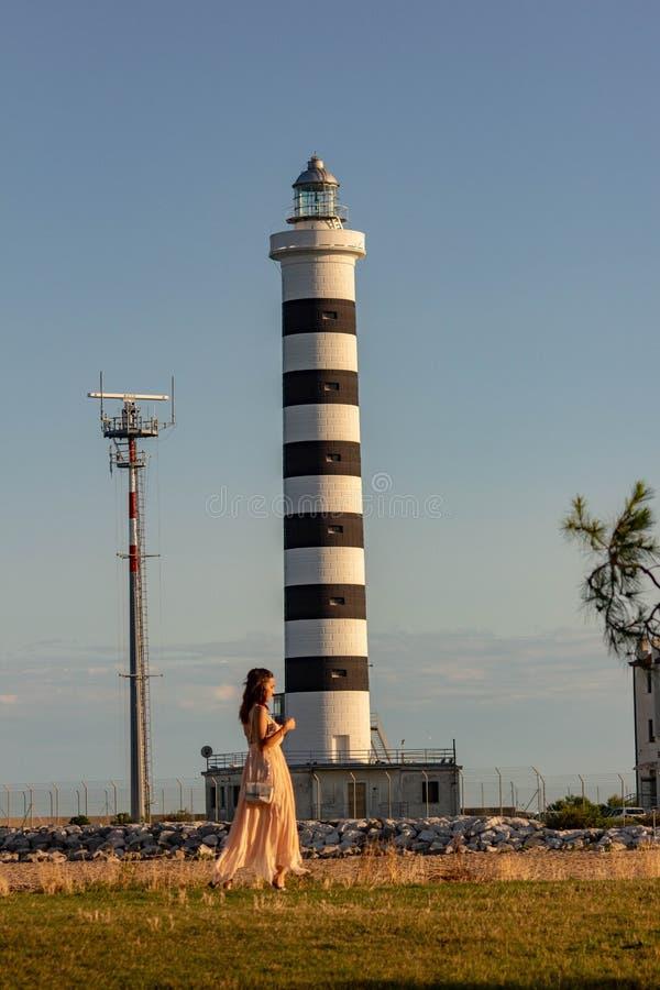 Il faro di Piave Vecchia è situato alla bocca del Sile, ha chiamato, precisamente, il porto di Piave Vecchia, nel municipa immagine stock libera da diritti