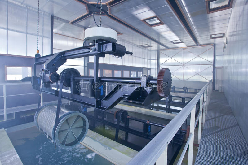 Il ferro e l'acciaio è protetti dalla zincatura a caldo immagine stock