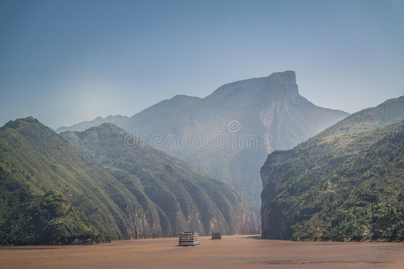 Il fiume Chang Jiang (fiume lungo) in Cina immagine stock