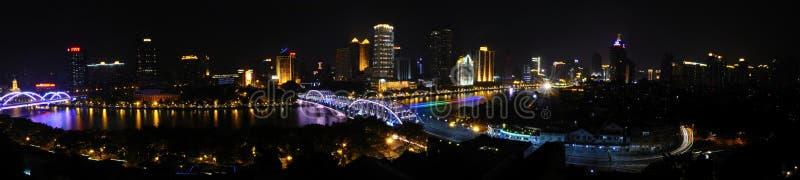 Il fiume delle Perle, ponte di Haizhu panoramico (grande immagine) immagine stock libera da diritti