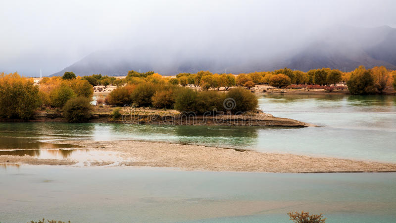 Il fiume di Brahmaputra fotografia stock
