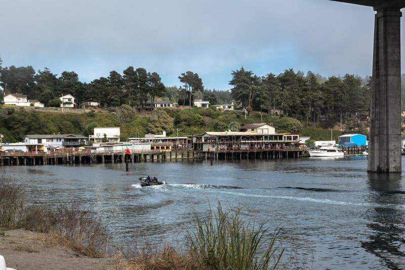 Il fiume di Noyo a Fort Bragg, California immagine stock