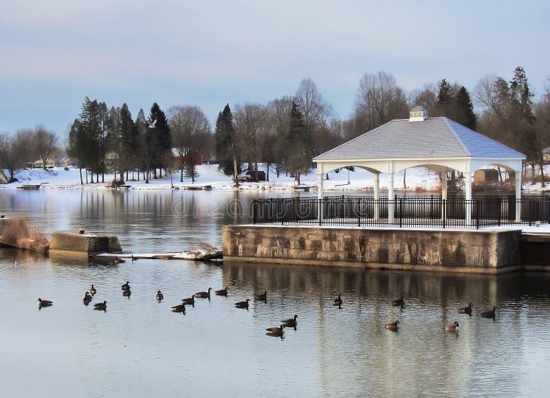 Il fiume di Oswego ed il canale di Oswego immagine stock libera da diritti