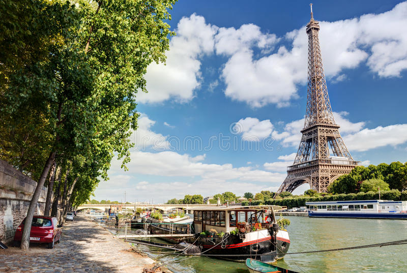 Il fiume la Senna a Parigi immagini stock
