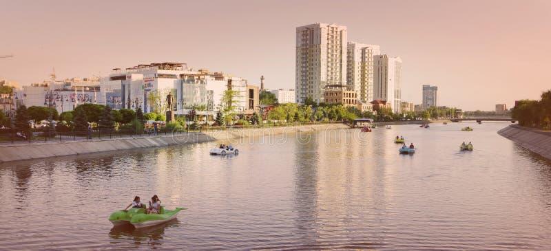 Il fiume Volga La città di Astrachan' immagini stock libere da diritti