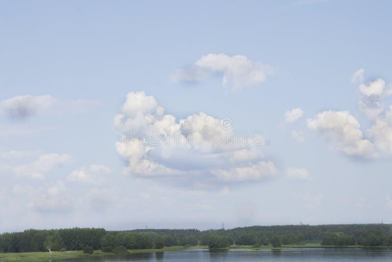 Il fondo delle nuvole del cielo è eccellente fotografia stock libera da diritti