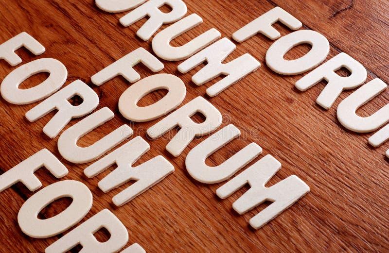 Download Il forum di parola illustrazione di stock. Illustrazione di font - 55363681