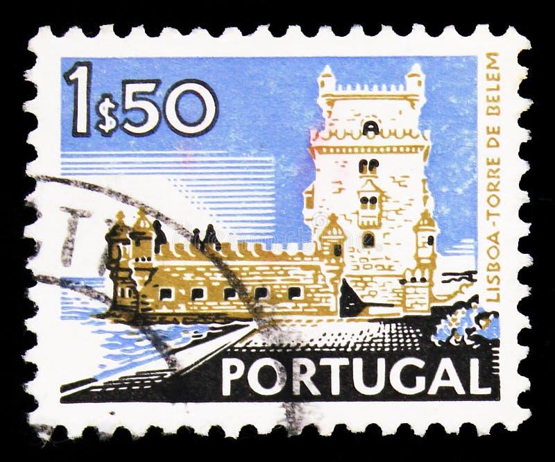 Il francobollo stampato in Portogallo mostra la serie Belem Tower, Lisboa, Landscape and Monuments, circa 1973 fotografie stock