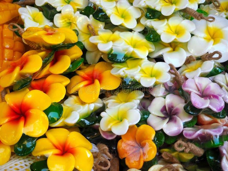 Il frangipane/plumeria fiorisce i saponi profumati immagine stock libera da diritti