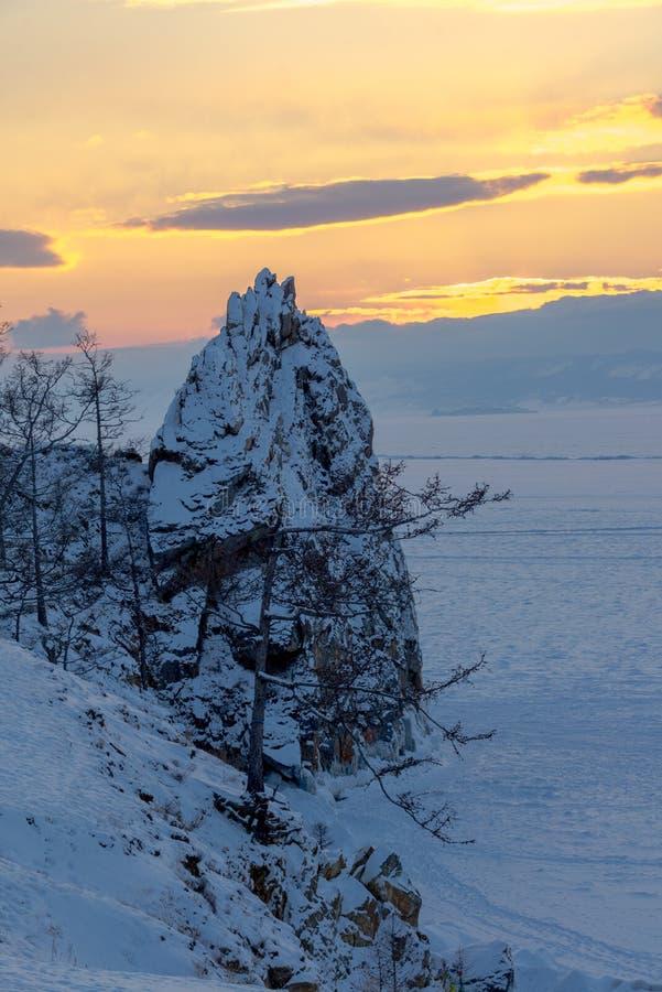 Il ghiaccio del lago Baikal, Russia marzo 2018 fotografie stock
