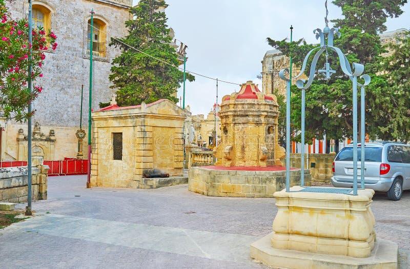 Il giardino alla chiesa di St Paul, Rabat, Malta fotografia stock libera da diritti