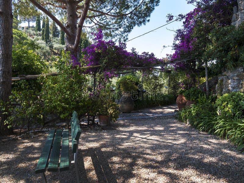 Il giardino di Castillo Brown in Portofino Italia fotografie stock libere da diritti