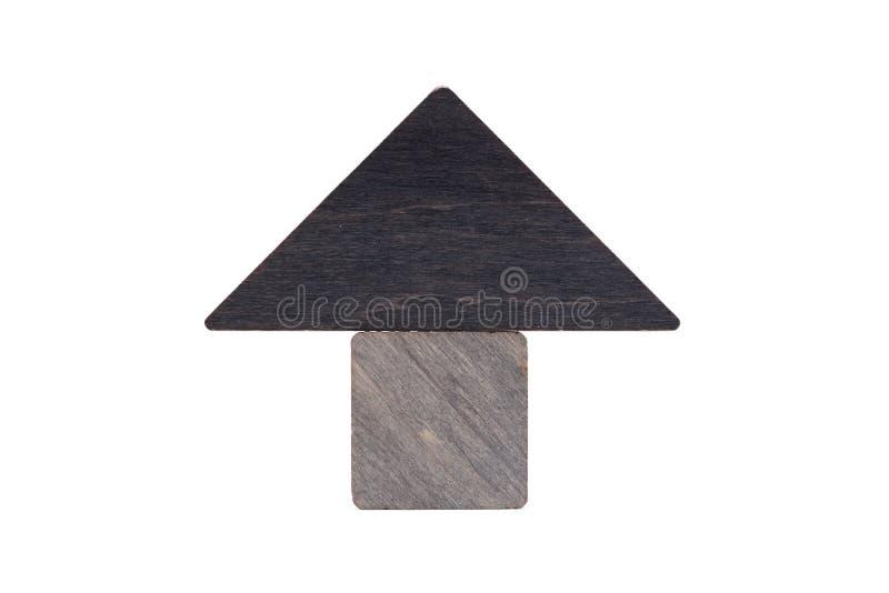 Il giocattolo di legno della casa blocca il fondo bianco isolato, poca casa di legno Il concetto di acquisto e di vendita del ben immagini stock libere da diritti