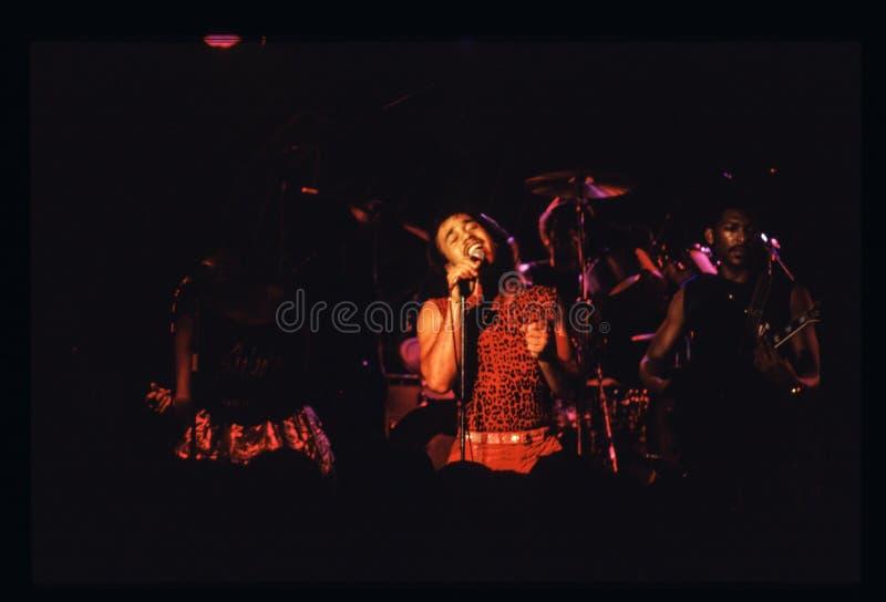Il gioco della banda di Shalamar vive nell'inizio degli anni 80 del Regno Unito alla fine del 1970 s fotografia stock