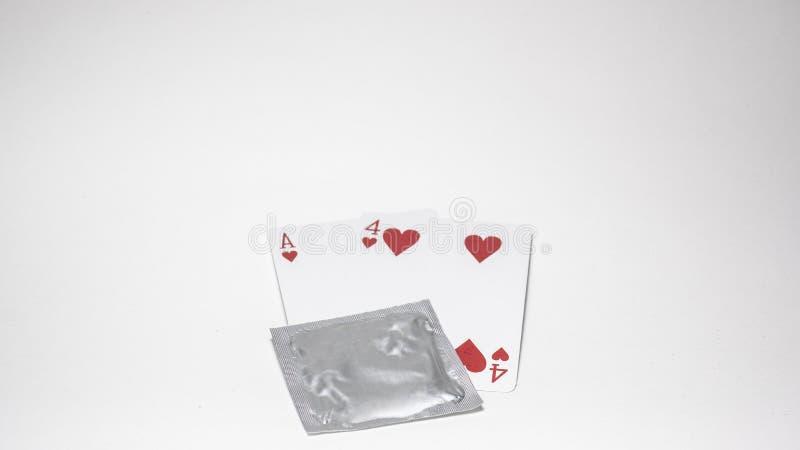 Il giorno dei valentines, numero di carta di numero quattordici, preservativo impedire concetto di amore del sesso sicuro dei big fotografie stock