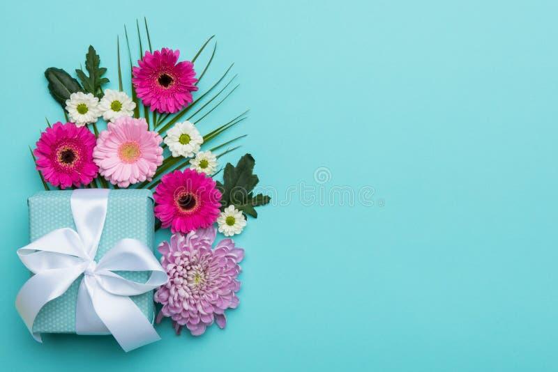 Il giorno del ` s del giorno, del biglietto di S. Valentino della madre del ` s del ` felice s del giorno, delle donne o il compl immagini stock