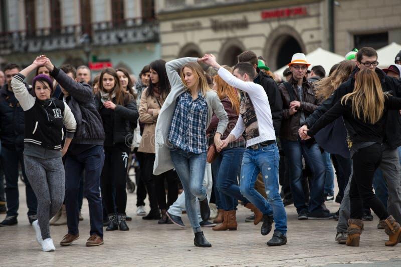 Il giorno internazionale di Flashmob di rueda de Casino fotografia stock