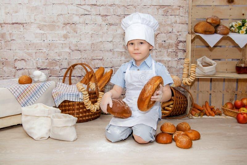 Il giovane cuoco unico immagine stock libera da diritti