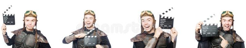 Il giovane uomo divertente nel vestito dell'armatura immagine stock