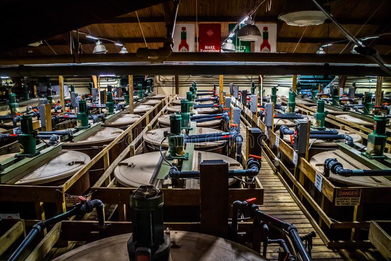 Il giro della fabbrica e dell'alimento di Tabasco in Avery Island, Luisiana immagine stock