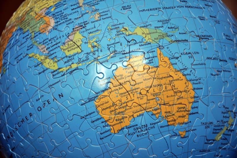 Il globo di puzzle fotografia stock