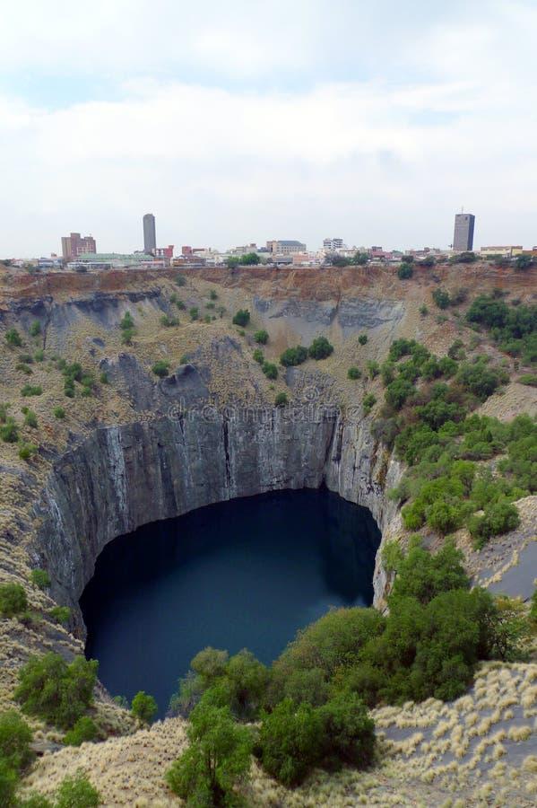 Il grande foro a Kimberley, Sudafrica immagini stock