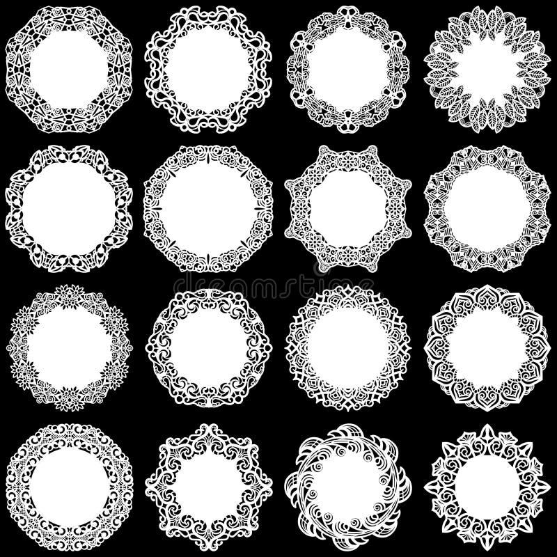Il grande insieme degli elementi di progettazione, merletta intorno al centrino di carta, centrino per decorare il dolce, modello illustrazione vettoriale