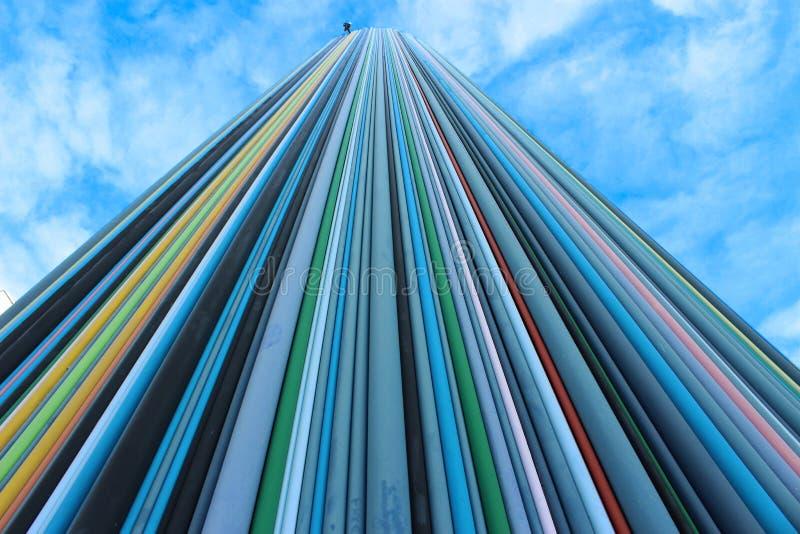 Il grattacielo variopinto alla difesa immagini stock libere da diritti