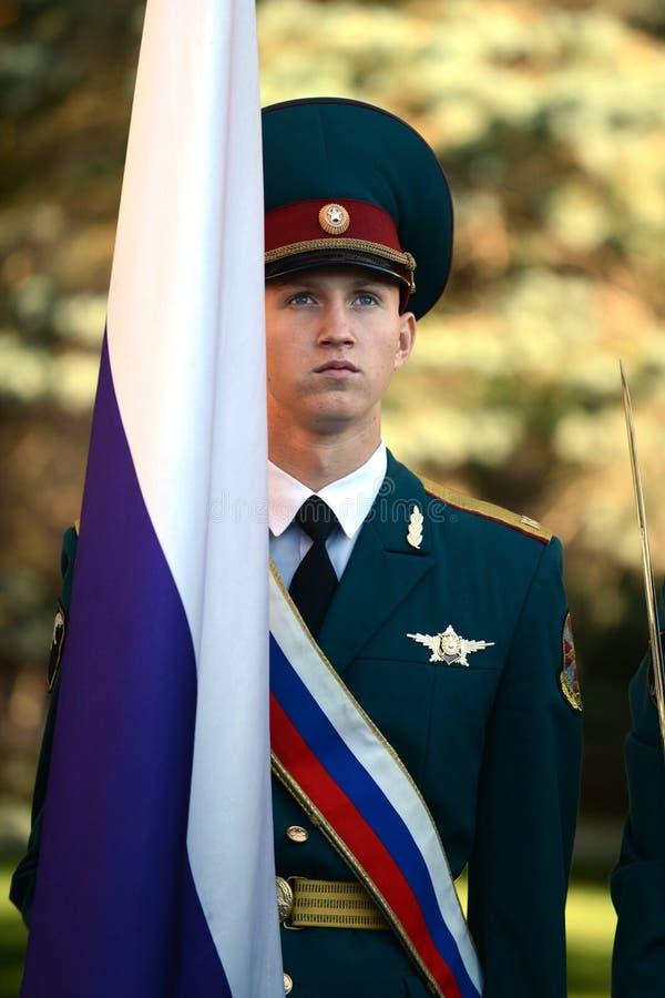 Il gruppo standard della guardia di onore, truppe interne del MIA della Russia immagine stock