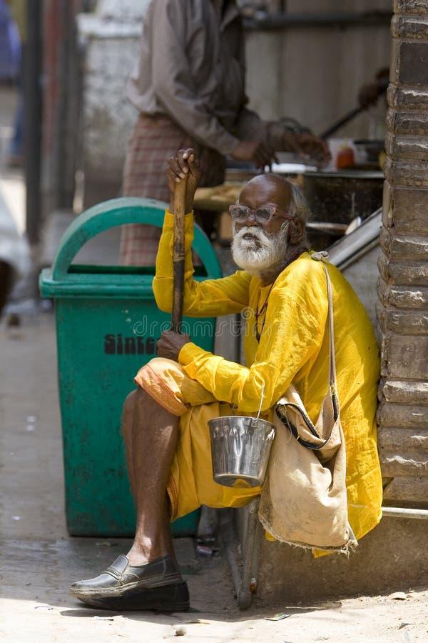 Il guru indiano cattura un resto immagini stock