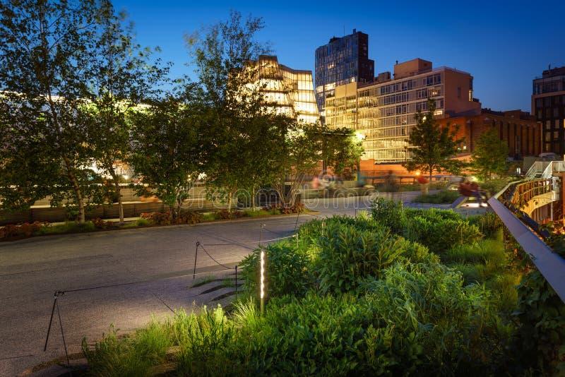 Il Highline a penombra, Chelsea, Manhattan, New York immagine stock