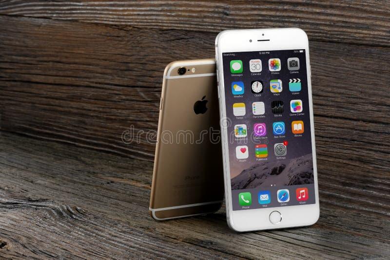 Il iPhone 6 di differenza di dimensione e iPhone 6 più immagini stock