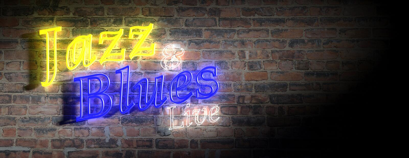 Il jazz ed i blu firmano, luce al neon, fondo scuro del muro di mattoni illustrazione 3D illustrazione vettoriale