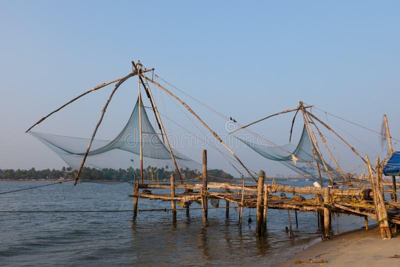 Il Kochi, India. Reti da pesca cinesi immagini stock