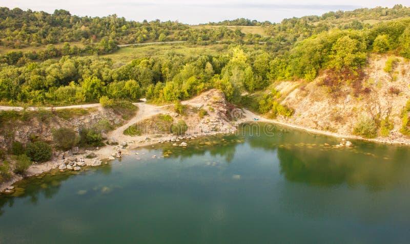 Il lago Benatina inoltre ha chiamato Small Croazia Lokated nel villaggio di Benatina, Slovacchia fotografia stock