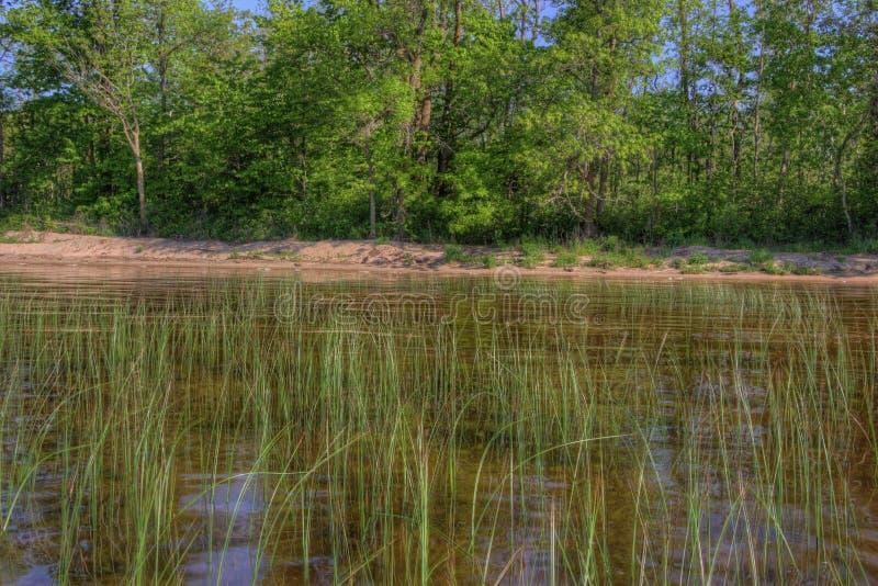 Il lago Bowstring fa parte del nativo americano Reserva del lago leech fotografia stock