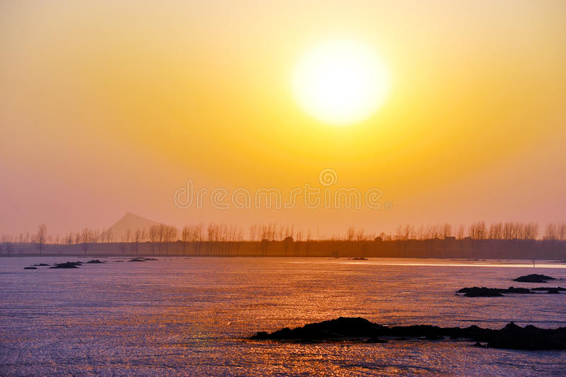 il lago congelato immagini stock