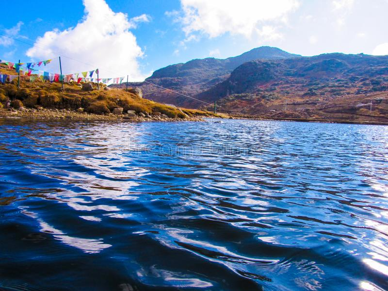 Il lago di montagna a Gangtok al sikkim immagini stock
