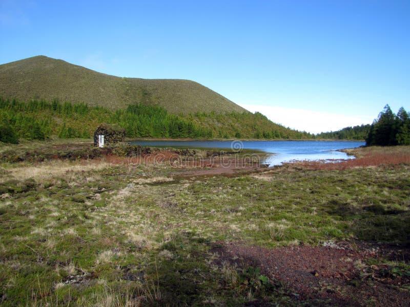 Il lago nascosto fotografie stock