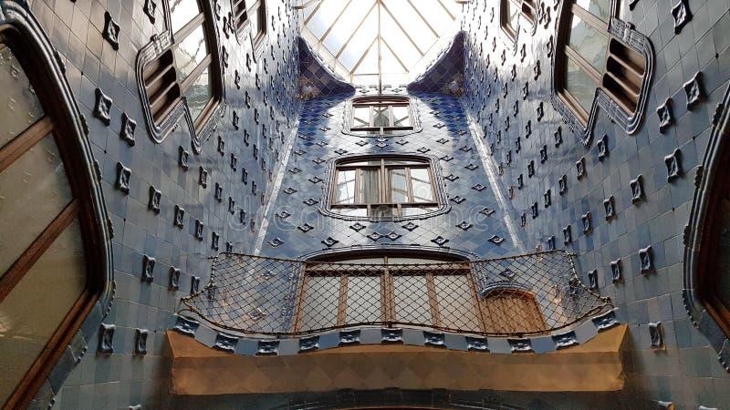 Il leggero interno bene della casa Batllo a Barcellona, Catalonial, fotografia stock
