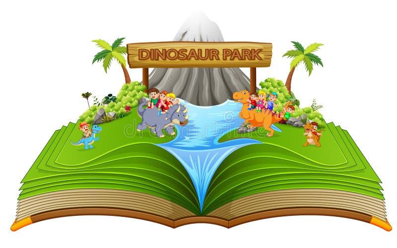 il libro di fiabe verde del parco del dinosauro con i bambini su  illustrazione di stock