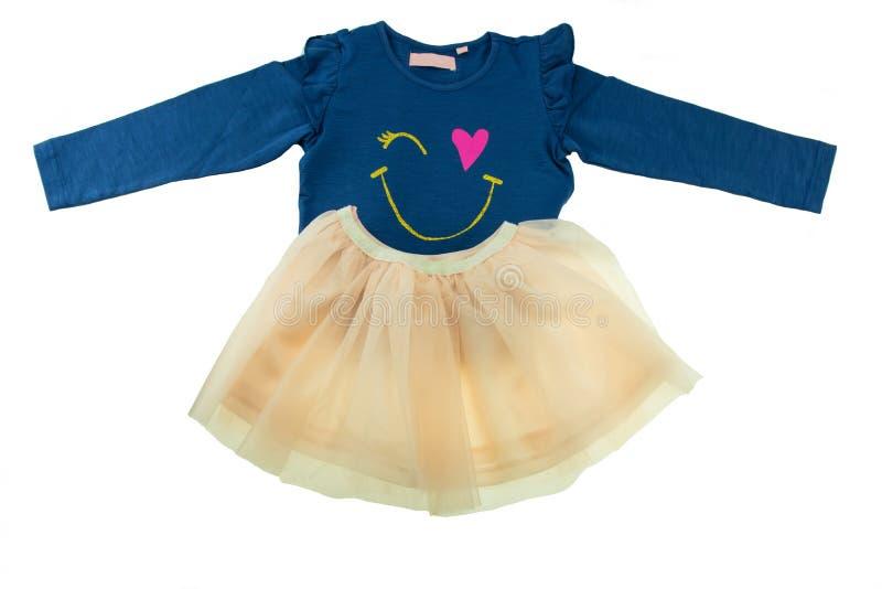Il maglione blu dei bambini con le maniche lunghe e un'estate fiancheggiano l'isolante immagini stock libere da diritti