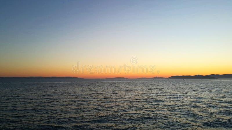 Il mare adriatico nella spaccatura fotografie stock