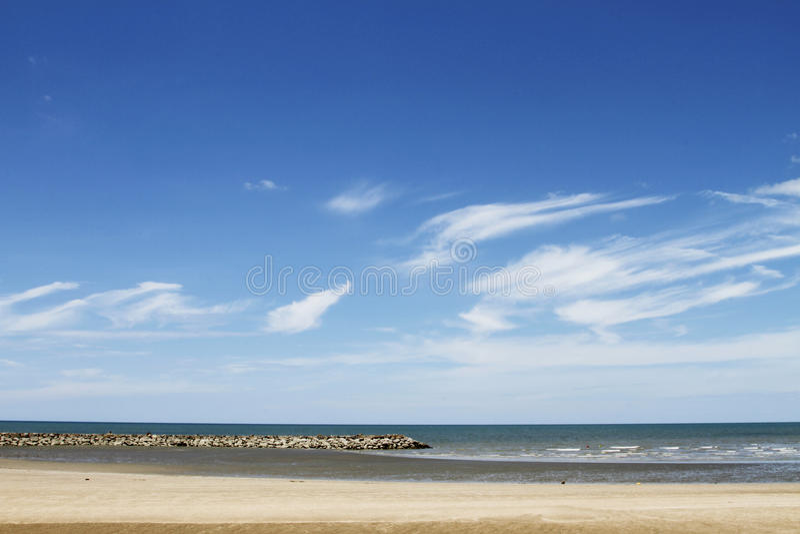 Il mare ed il cielo immagini stock