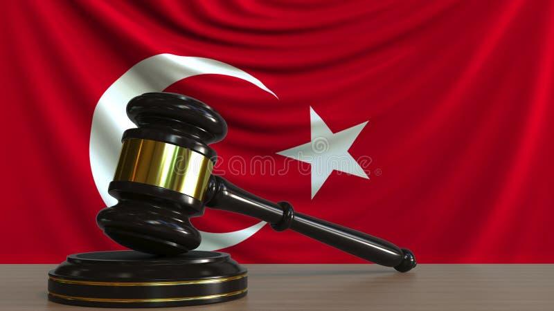 Il martelletto ed il blocchetto del giudice contro la bandiera della Turchia Rappresentazione concettuale 3D della corte turca illustrazione di stock