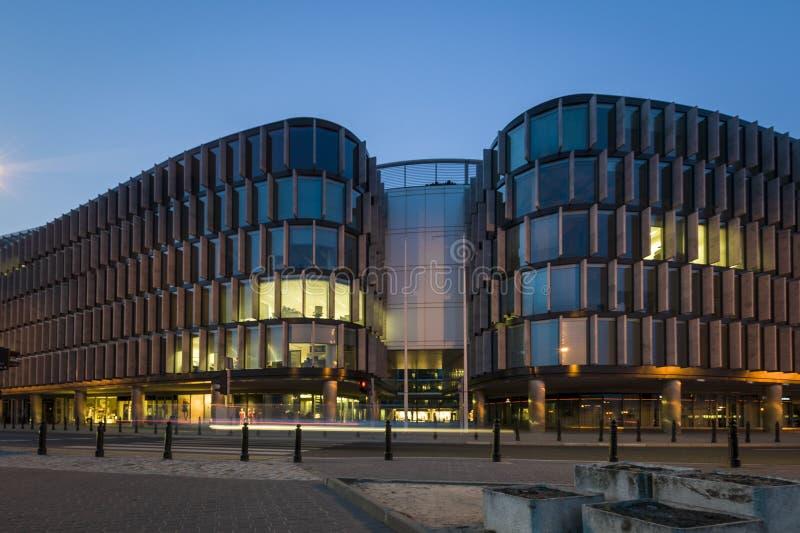 Il Metropolitan - edificio per uffici del moder a Varsavia fotografia stock