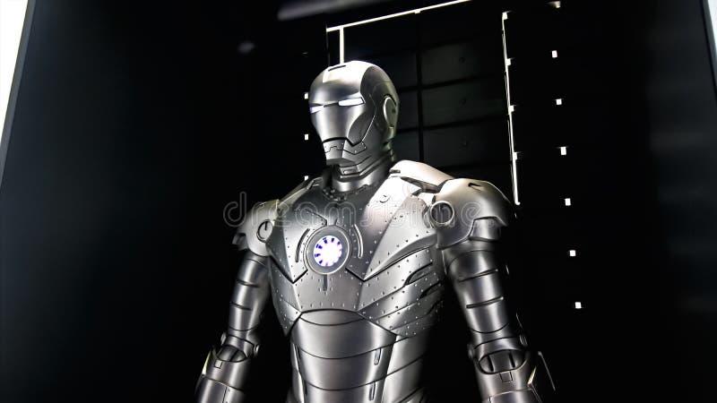 Il modello del segno 2 dell'uomo del ferro all'esperienza dei vendicatori fotografia stock