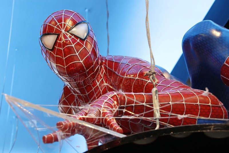 Il modello del supereroe mostra nel Bangna mega in Tailandia fotografia stock